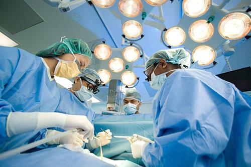 Hỗ trợ điều trị dương vật bị cong vẹo ở nam giới